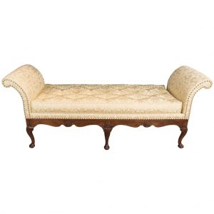 Rare George II Walnut and Shell Carved Day-Bed, c. 1750