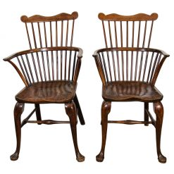 Pair of George III Yew, Oak and Elm Windsor Chairs, 1775-1800