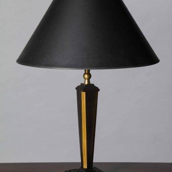 short-tapered-lamp-4